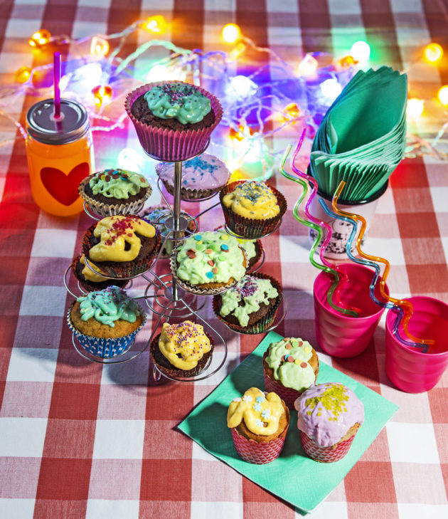 Muffinit maistuvat suklaisina ja banaaninmakuisina.