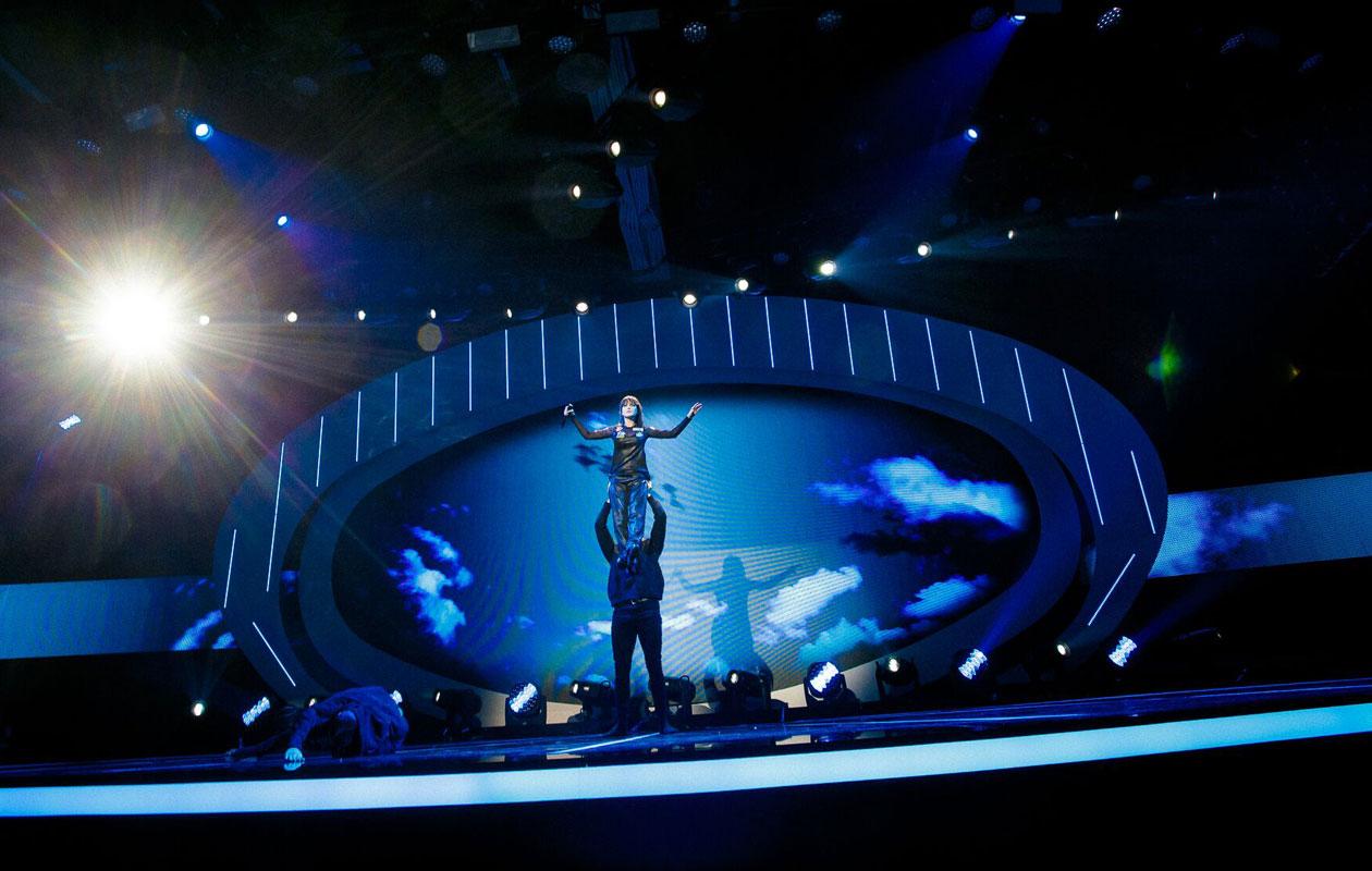 Idols-Anniina lavalla