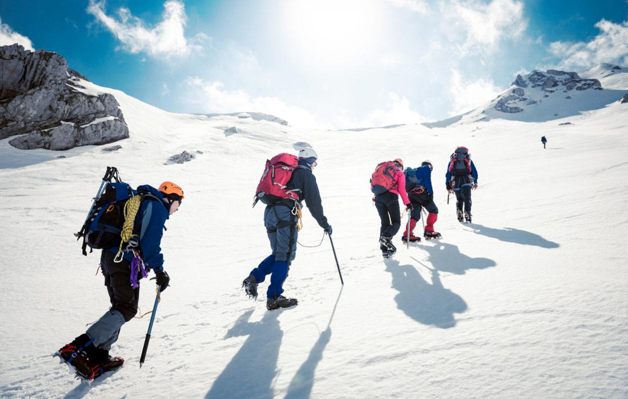 vuorikiipeilijöitä