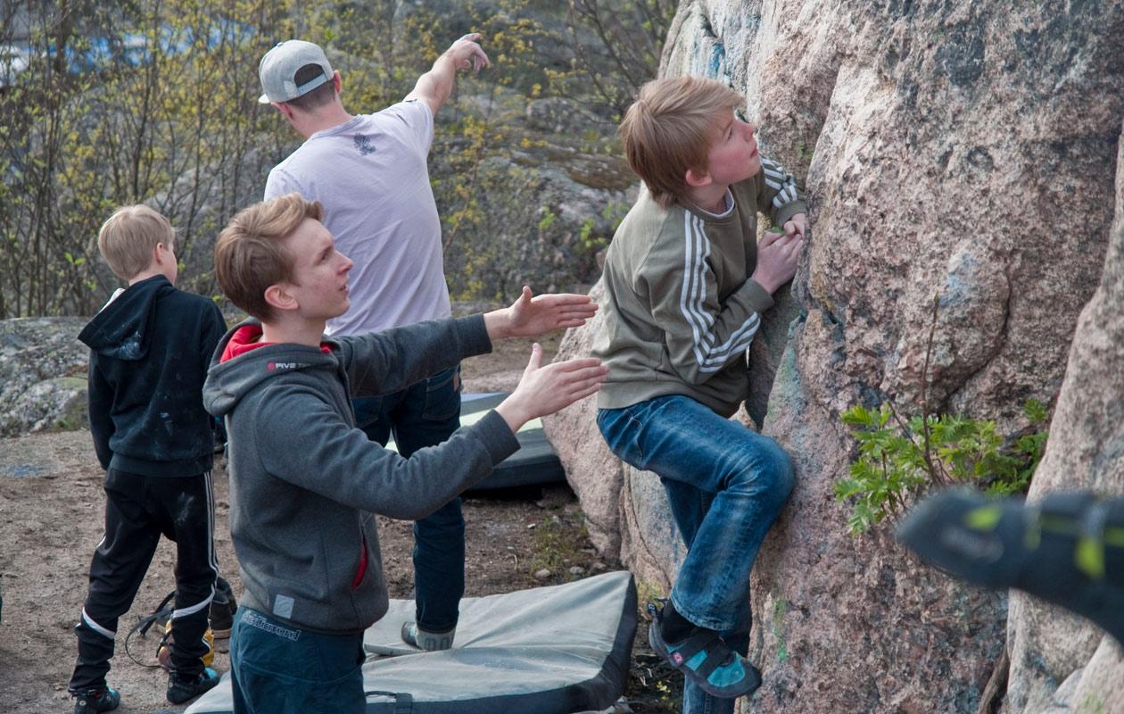 nuoria boulderoimassa